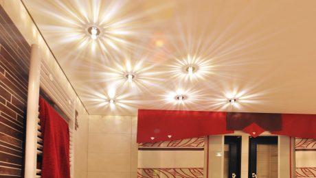 spanndecken beleuchtung badezimmer spanndecke mit beleuchtung with spanndecken beleuchtung. Black Bedroom Furniture Sets. Home Design Ideas